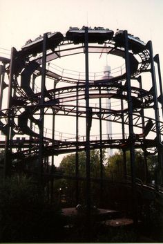 """Marriott's Great America in Santa Clara, CA used to have a ride called """"The Whizzer""""...  Located where gold striker is now.  In 1988, Marriott's sold the park. #Retro #SiliconValey #RollerCoaster"""