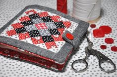 bitty bits & pieces: Great Granny Needle Book