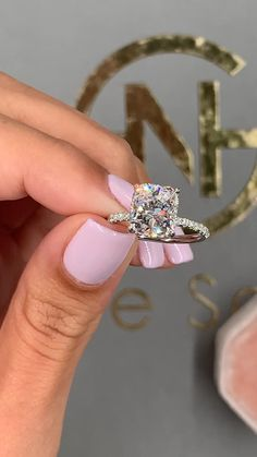 Details about  /1.96ct Round Cut Classic Engagement Bridal Accent Solitaire Ring 14k Yellow Gold