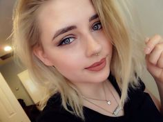 #makeup #septum #make #up #natural #elf #nyx #nyc #blonde #shorthair #eyeliner