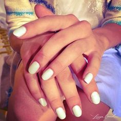 white nails #manicure