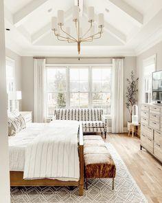 Master Bedroom Chandelier, Vaulted Ceiling Bedroom, Room Ideas Bedroom, Home Bedroom, Bedroom Decor, Farmhouse Master Bedroom, Dream Rooms, Beautiful Bedrooms, New Room