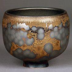 Ian Childers ceramics / that glaze. Ceramic Clay, Porcelain Ceramics, Ceramic Bowls, Stoneware, China Porcelain, Pottery Bowls, Ceramic Pottery, Pottery Art, Pottery Wheel