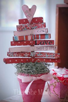 "valentines tree (on each page write ""I love you because..."" and fill in the blanks) FUN!"