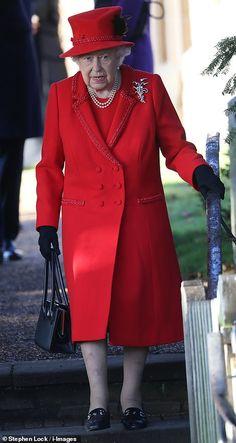LONDON TOWN VINTAGE PRINT SALMON RED SCARF QUEENS GUARD BRITISH ROYAL WEDDING