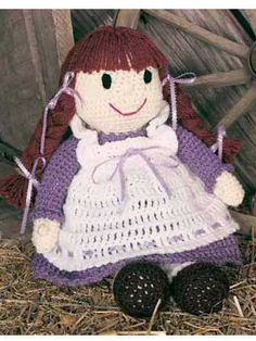crochet doll, free pattern  I'll never be that good, but it's so cute!