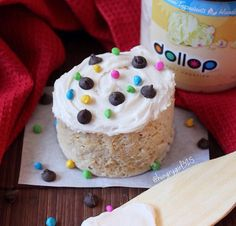 Vanilla mug cake topped with Madagascar vanilla dollop frosting (recipe and pc: @hanab325)  @PEScience Snickerdoodle  Mug Cake topped with @DollopGourmet Vanilla Frosting ! And what's a mug cake without sprinkles  and chocolate chips  | vegan | Gluten free | Low Sugar | Healthy Dessert | Organic | Natural Frosting | non-GMO