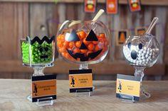 Dicas de decoração para quem vai organizar uma festa de Dia das Bruxas em casa…