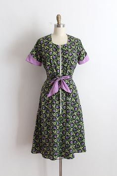 vintage 1940s dress // 40s cotton floral house by TrunkofDresses