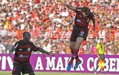 Petkovic decolou - 2009 - Náutico 0x2 Flamengo nos Aflitos, no ano do Hexa, gols de Pet e Adriano
