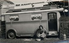 collective-history --This image shows a lady sat outside her caravan, she's part of a travelling show. The chalk boards beside her van say 'Real Gypsy, character reader and clairvoyant' and 'World's Wonder' Gypsy Caravan, Gypsy Wagon, Gypsy Trailer, Vintage Caravans, Vintage Travel Trailers, Vintage Campers, Reading Tent, Caravan Renovation, Travel Trailer Remodel