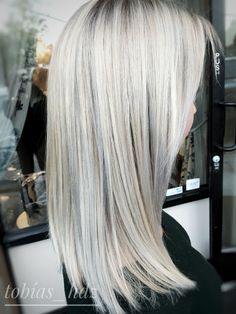Silver, Blonde, Ash, Straightened, foiled