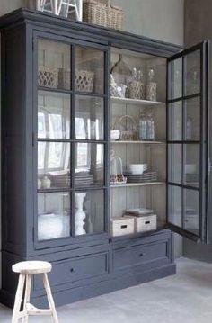 Grey Armoire Cabinet - Servieskast