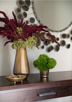 Kelly Hoppen Interiors, Hotel Decor, Table Flowers, Autumn Home, Light Decorations, Decorative Objects, House Plants, Flower Pots, Flowering Trees