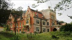 "Képtalálat a következőre: ""abandoned hungary"" Abandoned Castles, Abandoned Mansions, Bunker, Hungary, House Styles, Haunted Castles, Asylum"
