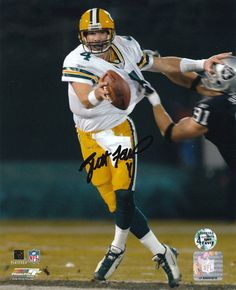 Brett Favre Green Bay Packers - vs. Raiders....50 pins from a board called Sports Pictures.