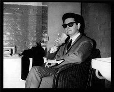 Roy Orbison, Stockton on Tees, England 1964  © Ian Wright, 1964  The Odeon Theatre, Stockton on Tees, England  May 15, 1964