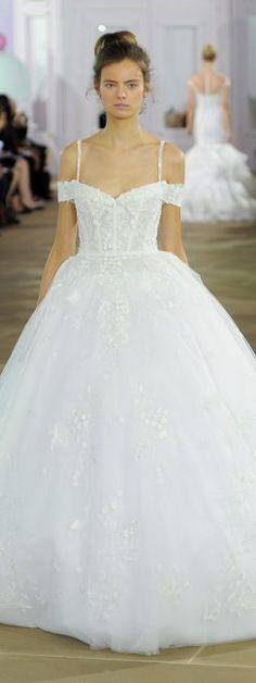 jugendlich, verspieltes Brautkleid