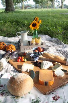 Vintage picnic ideas...