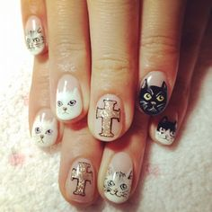 We love cats. We also love nails. We're talking cat nail art and to be more precise, 46 amazing examples of which we want to s… Cat Nail Art, Cat Nails, Love Nails, Pretty Nails, Five Star Nails, Cat Nail Designs, Cross Nails, Nailart, Cute Cat Face