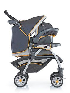 11 Ultimate Strollers: The Easy-to-Install Car Seat Stroller (via Parents.com)
