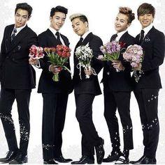 E agr qq a gente faz? Bigbang Members, Vip Bigbang, Jung Yong Hwa, Daesung, Yg Entertainment, Big Bang Kpop, Bang Bang, G Dragon Top, Baby Cakes