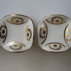 White with Gold - vintage earrings