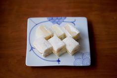 フルーツサンド(桃)/Fruit sandwich Peach   Kagizen: ZENCAFE + Kagizen Gift Shop