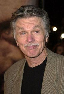 In this week's Pitch, veteran actor, producer and writer Tom Skerritt explains why he wants to make Seattle the place where new media is created. Tom Skerritt, The Rainmaker, Wayne State University, Anthony Edwards, Supporting Actor, Cinema, Good Looking Men, Famous Faces, In Hollywood