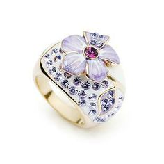 Product code: RSJ00008 Category:ring,  Name Of Product:Floral Ring, Price:850/-, Diameter:1.7cm  www.fashionfiesta.com