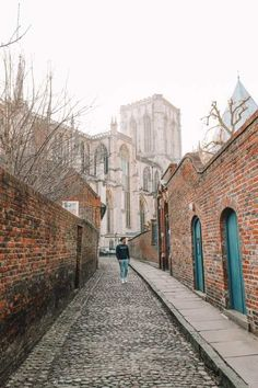 Exploring The Beautiful Ancient City Of York, England (15) Beautiful Castles, Beautiful Buildings, York England, Visit Yorkshire, Whitby Abbey, National Railway Museum, York Minster, Ancient Architecture, Places To See
