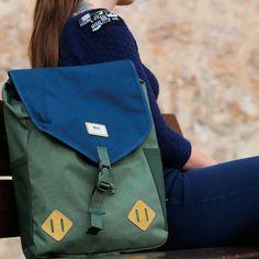 Mochila New collection #vans  https://www.zapatosmayka.es/es/catalogo/complementos/vans/bolsos/mochila/083061058299/vans-m-nelson-backpack/