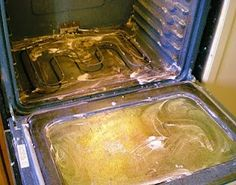 Oven cleaner: 5 T baking soda, 4 T vinegar, 3 drops of Dawn and mix into a paste. Coat the oven, let sit for 15 min and scrub clean. Another great cleaning idea. since regular oven cleaner smell so bad. Household Cleaning Tips, Household Cleaners, Cleaning Recipes, Deep Cleaning, Spring Cleaning, Cleaning Hacks, Cleaning Supplies, Kitchen Cleaning, Kitchen Oven