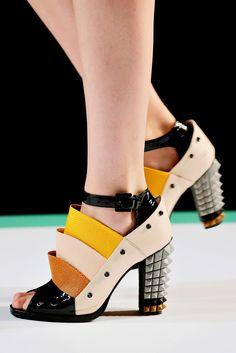 Fabulosos zapatos de temporada   Diseños de zapatos de primavera