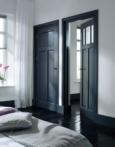 Dark doors and black floor Dark Doors, Grey Doors, Interior Styling, Interior Design, Interior Office, Black Floor, White Walls, Dark Walls, Home And Living