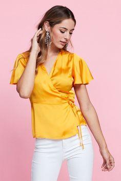 Sindra wrap bluse 249.00 DKK, Bluser & skjorter - Gina Tricot