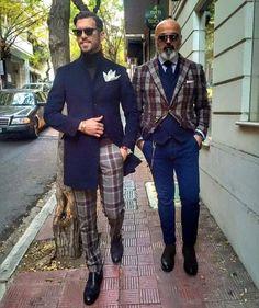 Gentleman Style 554646510354131738 - Sprezzatura-Eleganza Source by chancebat Sharp Dressed Man, Well Dressed Men, Mens Fashion Suits, Mens Suits, Men's Fashion, Business Casual Herren, Mode Hipster, Moda Formal, Dandy Style