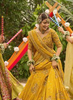 Desi Wedding Dresses, Pakistani Wedding Outfits, Pakistani Bridal Dresses, Bridal Outfits, Wedding Attire, Simple Pakistani Dresses, Indian Dresses, Indian Outfits, Indiana