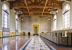 An unusual blend of Spanish Colonial Revival and Art Deco styles, this train station is an architectural gem. Built in 1939 by the father-and-son team at Parkinson & Parkinson, Union Station was one of the last grand train hubs to be built in America, and now serves as a stop for L.A.'s Metro Rail.