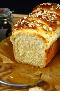 Frühstücks-Brioche recipes no yeast desserts Frühstücks Brioche No Yeast Bread, Yeast Bread Recipes, Brioche Bread, Baking Recipes, No Knead Bread, Breakfast Recipes, Dessert Recipes, Sweet Bread, Food And Drink