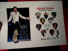 Michael Jackson Collectors 10 Guitar PICKs KING Of POP - http://www.michael-jackson-memorabilia.co.uk/?p=2577