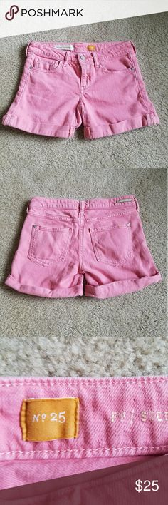 Anthro Pilcro and the letterpress pink shorts Pink jean shorts from Anthropologie brand. Perfect for spring and summer. Size 25. Anthropologie Shorts