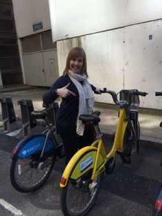 Thanks to Van for tweeting this snap of herself with a TDF bike near London Bridge.
