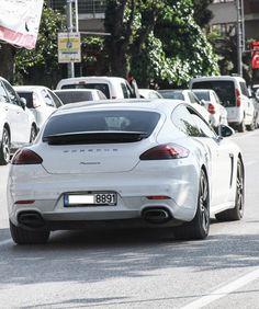 Porsche Panamera by ErdemDeniz on DeviantArt Porsche Panamera, Deviantart