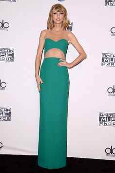Taylor Swift in a bespoke Michael Kors gown at AMA's 2014