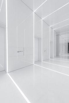 Futuristic interior - Aluminum Lobby An EnvironmentalFriendly Lobby with Futuristic Design – Futuristic interior Futuristisches Design, Lobby Design, Wall Design, Design Ideas, Futuristic Interior, Futuristic Design, Modern Interior, Ideas Paneles, Decor Ideas