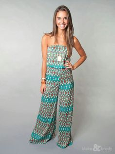 Jump for joy that we have this hot jumpsuit in stock! Summer Outfits, Cute Outfits, Jumpsuit Pattern, Jumpers For Women, Pant Jumpsuit, Fashion Looks, Rompers, Street Style, Clothes For Women