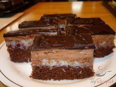Fantasztikus kókuszos szelet csokikrémmel | TopReceptek.hu Big Cakes, Sweet Cakes, Czech Recipes, Cake Bars, Healthy Diet Recipes, Christmas Sweets, Wedding Desserts, Sweet Desserts, Desert Recipes