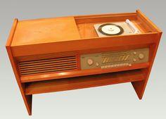 Braun Music Cabinet Radio Record Player
