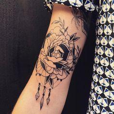 Manon. #supakitch #supakitchtattoo #supatattoo #tattoo #tatouage #ink